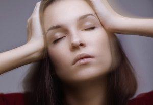 Как вытягивать позвоночник при остеохондрозе