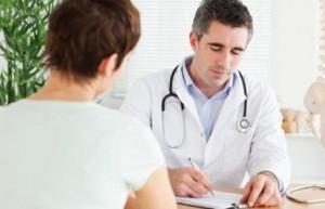 К какому врачу обращаться при болях в спине