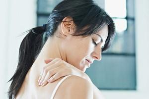 Почему болит спина под лопаткой