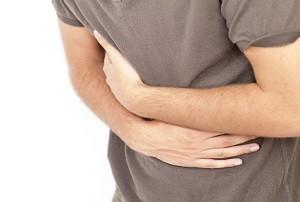 Может ли болеть спина от желудка
