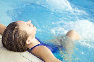 Плавание при заболеваниях позвоночника