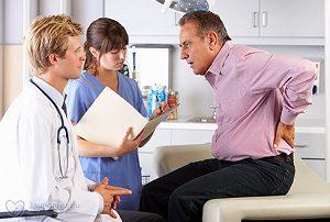 Болит поясница: почки или остеохондроз