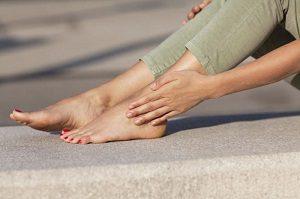 Онемение ног при грыже позвоночника
