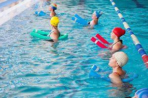 Плавание и аквааэробика для укрепления мыщ спины