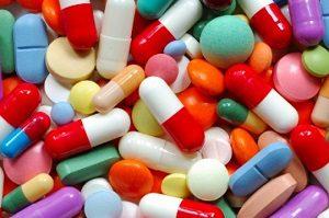 Лечение межпозвоночной грыжи медикаментами