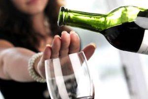 При каких заболеваниях нельзя принимать алкоголь