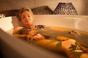 Какие ванны следует принимать при остеохондрозе
