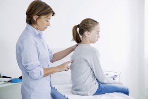 Искривление спины у подростков