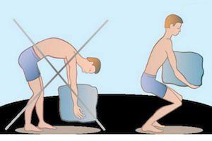 Как правильно поднимать тяжести при грыже позвоночника