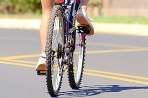 Правильное положение спины на велосипеде