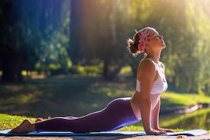 Асаны для укрепления спины