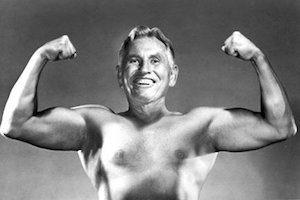 Упражнения для спины от Поля Брэгга